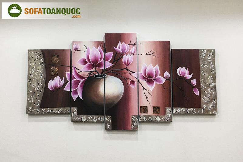 Tranh treo tường sơn dầu vẽ tay nền vải mã 03