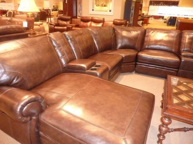 Nên mua ghế sofa da hay sofa vải 2