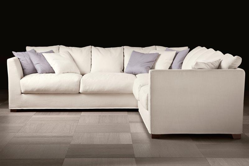 Sofa bọc vải màu trắng