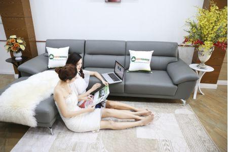 ghế sofa da chân inox màu xám ghi mã sd06p