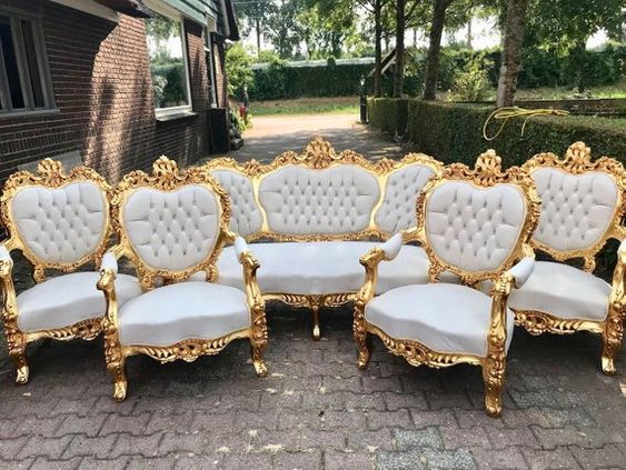 ghế sofa tân cổ điển phong cách quý tộc
