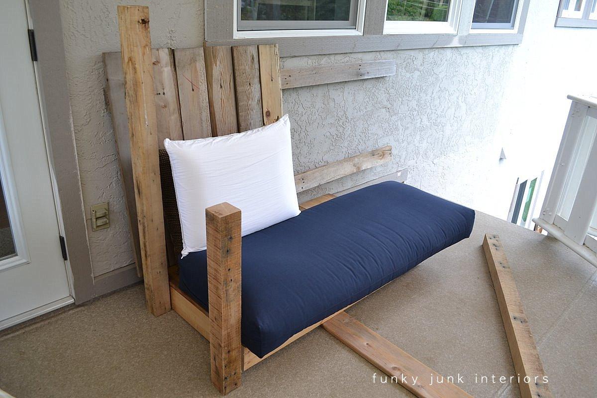ghế sofa pallet có độ bền không cao