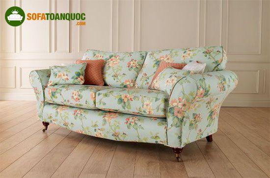 ghế sofa bọc vải phong cách hoa lá cành vintage