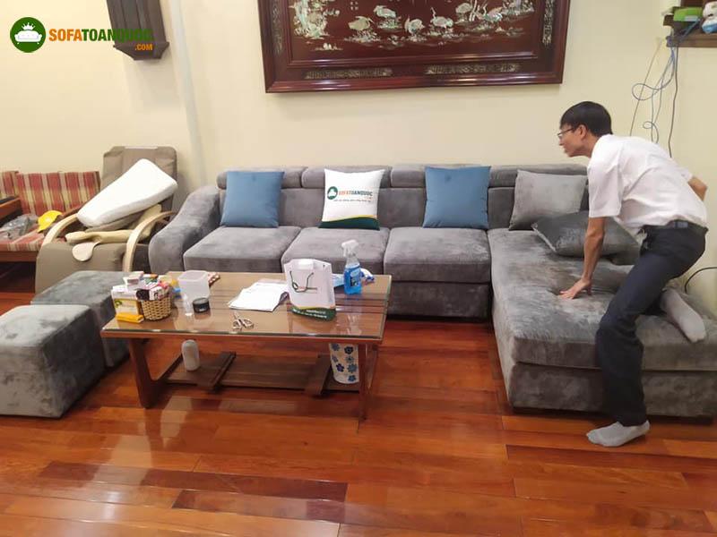 nên mua ghế sofa chất liệu gì