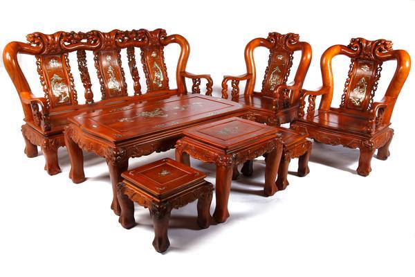 Có nên chọn bàn ghế sofa hay không?