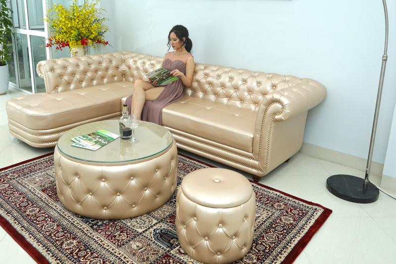 Ghế sofa tân cổ điển màu trắng bạc cho phòng chờ