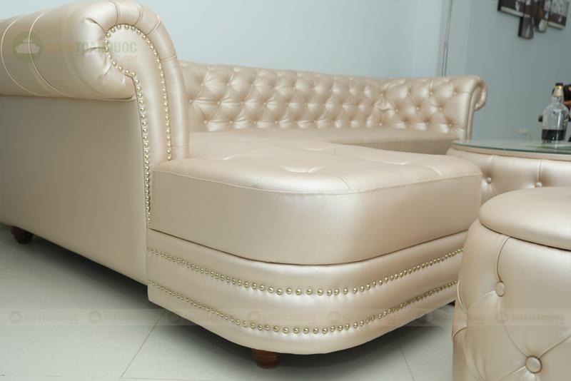 sofa tân cổ điển cho cửa hàng spa