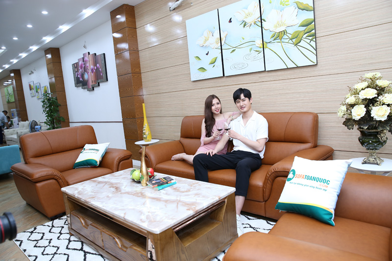 bộ ghế sofa 1-2-2 cho phòng khách bọc da