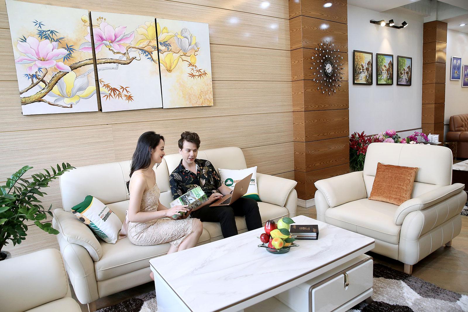 Bộ sofa da màu trắng 2 ghế đơn và 1 văng dài mã M22