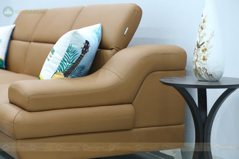 sofa màu nâu có tựa lưng gật gù