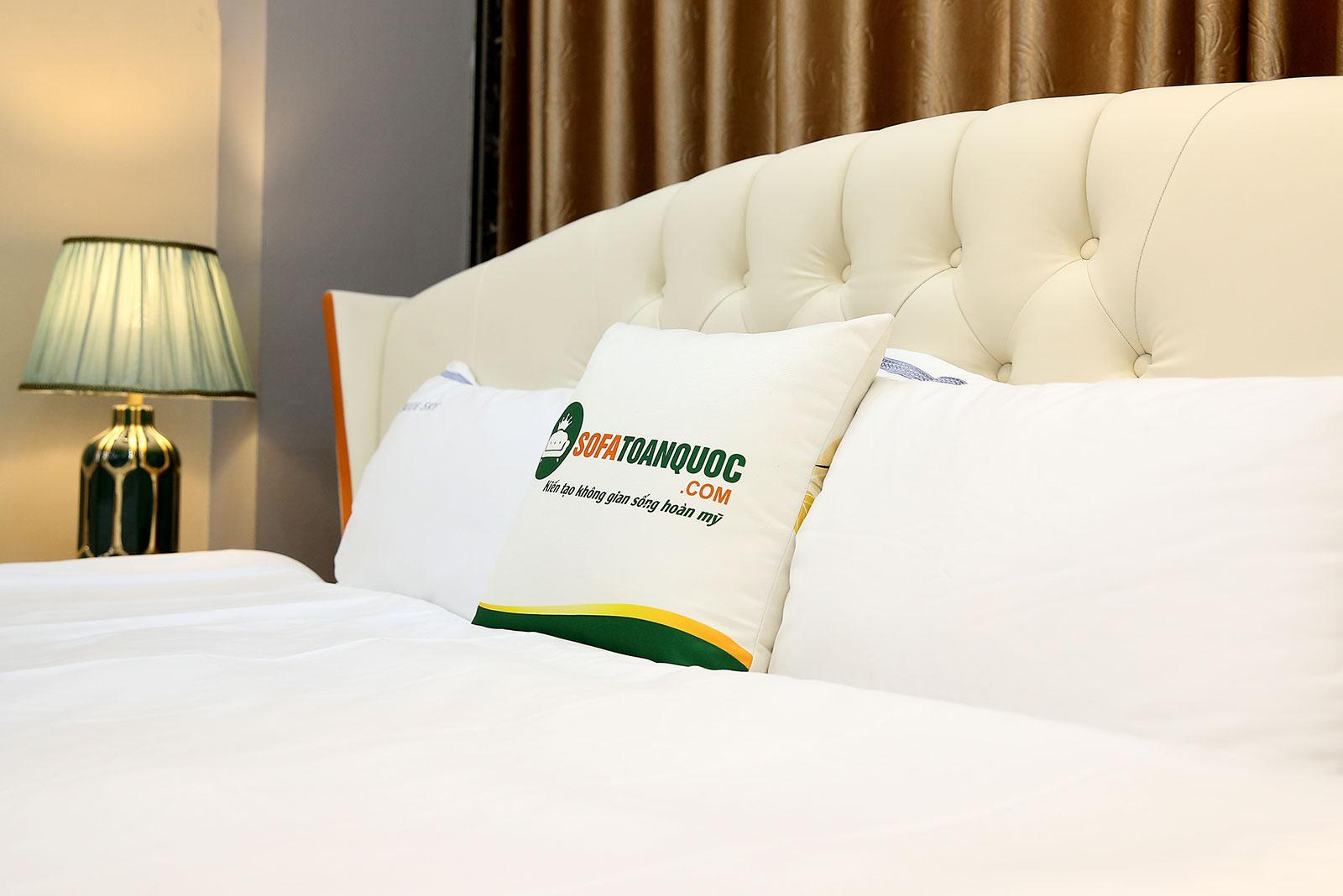 Giường ngủ bọc da mã MG02