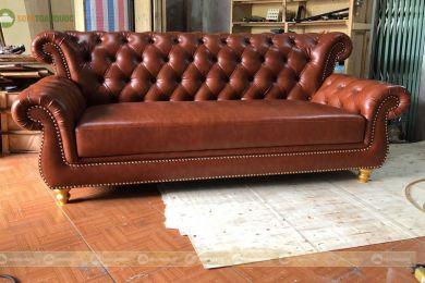 Sofa băng tân cổ điển màu nâu đậm bọc da mã 159