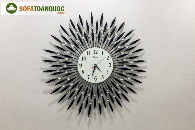 đồng hồ treo tường bằng thép