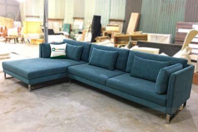 Mẫu sofa nỉ góc đẹp chữ l khung chân inox mã 94