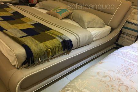 Giường ngủ bọc da mã 56-4