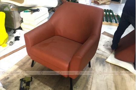 Mẫu sofa đơn bọc vải màu cam đẹp mã 59