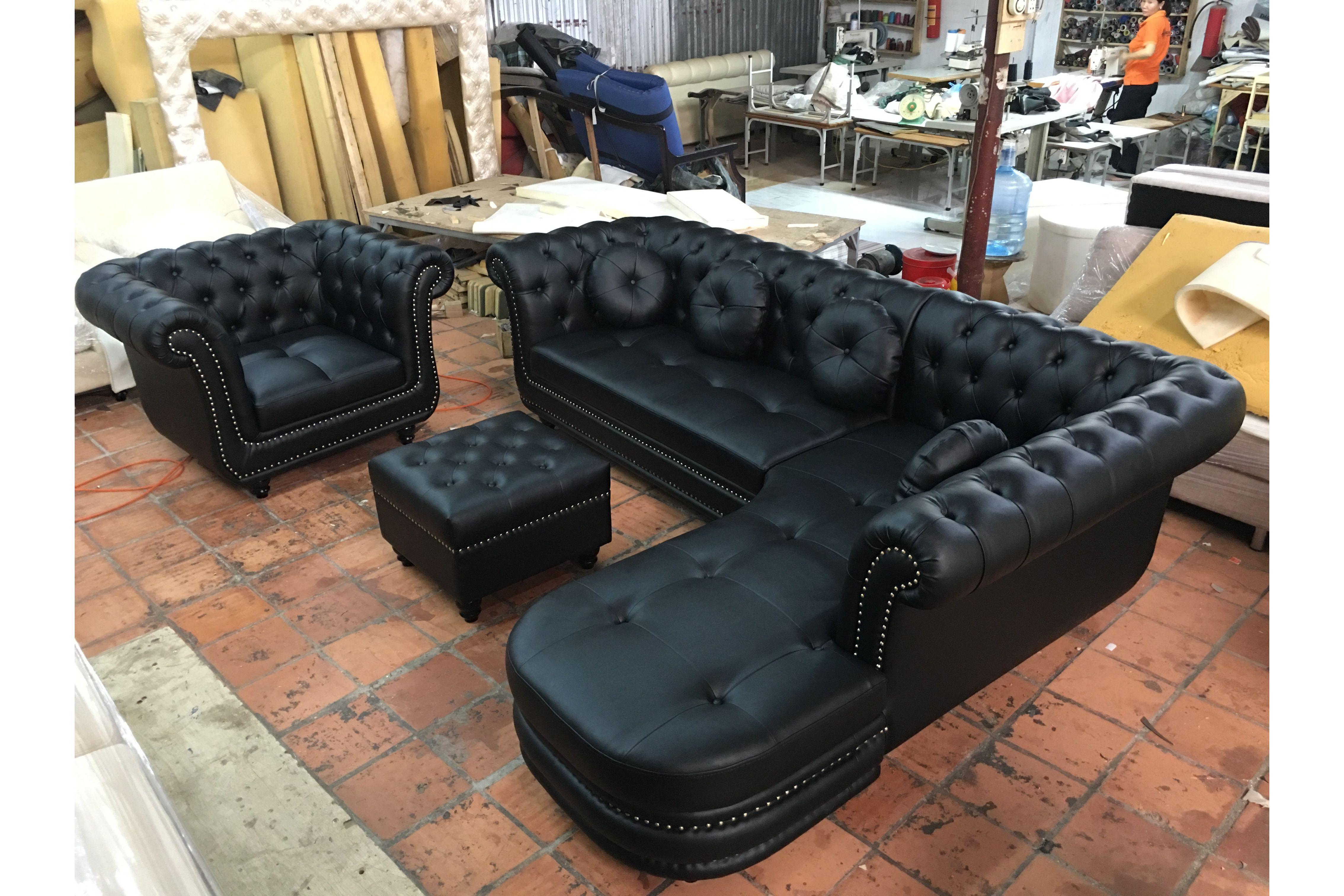 bộ ghế sofa tân cổ điển bọc da công nghiệp màu đen